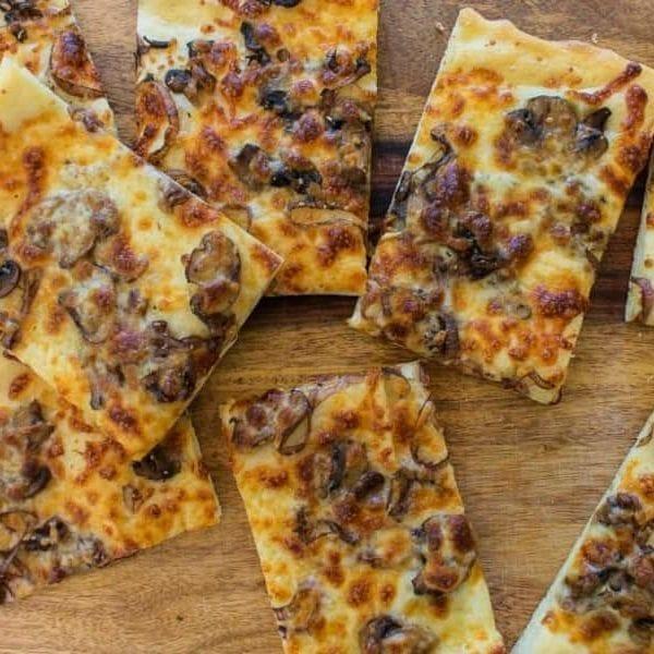 Low Sodium Mushroom and shallot pizza